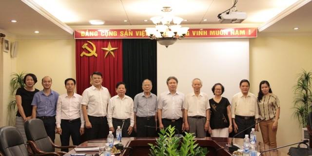 TS. Đặng Xuân Hoan - Giám đốc Học viện Hành chính Quốc gia cùng các đại biểu tham dự buổi làm việc