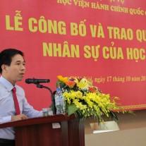 ThS. Nguyễn Tiến Hiệp – Phó Trưởng ban phụ trách Ban Tổ chức – Cán bộ công bố các quyết định về nhân sự của Giám đốc Học viện