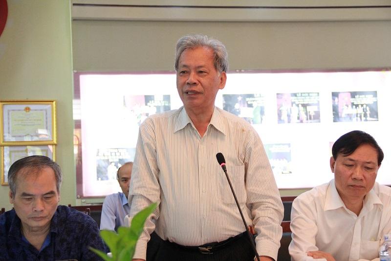 TS. Thang Văn Phúc – nguyên Thứ trưởng Bộ Nội vụ phát biểu tại Hội thảo.