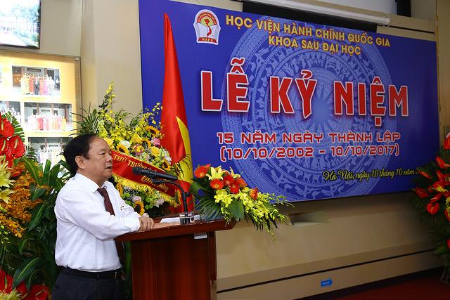 GS.TS. Đinh Văn Tiến nguyên Trưởng khoa  Khoa Sau Đại học phát biểu