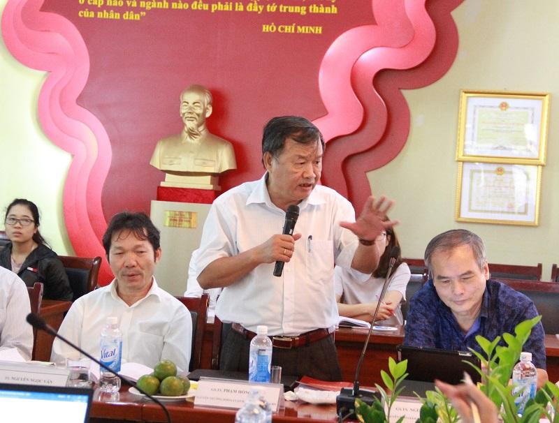 GS.TS. Phạm Hồng Thái – nguyên Trưởng Khoa Luật, Đại học Quốc gia Hà Nội phát biểu tại Hội thảo.