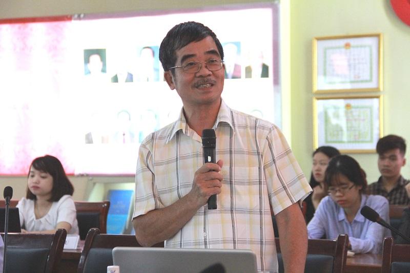 TS. Đinh Duy Hòa – nguyên Vụ trưởng Vụ Cải cách hành chính, Bộ Nội vụ phát biểu tại Hội thảo.