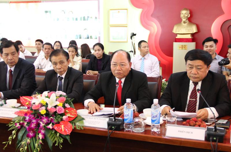 Đồng chí Khamman Sounvileuth, Ủy viên Trung ương Đảng Nhân dân Cách mạng Lào, Bộ trưởng Bộ Nội vụ CHDCND Lào phát biểu tại buổi Lễ