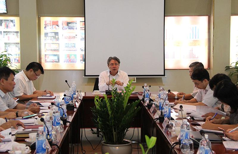 TS. Đặng Xuân Hoan, Giám đốc Học viện phát biểu ý kiến tại buổi họp
