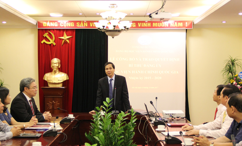 Đồng chí Triệu Văn Cường phát biểu chúc mừng tại buổi Lễ