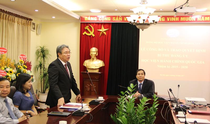Đồng chí Đặng Xuân Hoan - Tân Bí thư Đảng ủy Học viện phát biểu tại buổi Lễ
