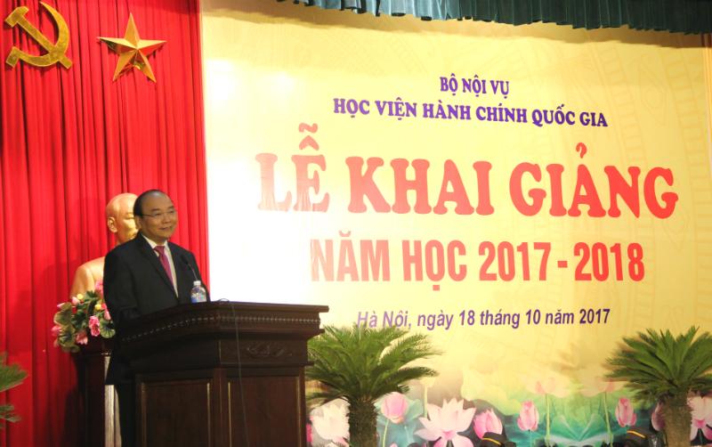 Thủ tướng Nguyễn Xuân Phúc phát biểu tại Lễ khai giảng năm học mới của Học viện