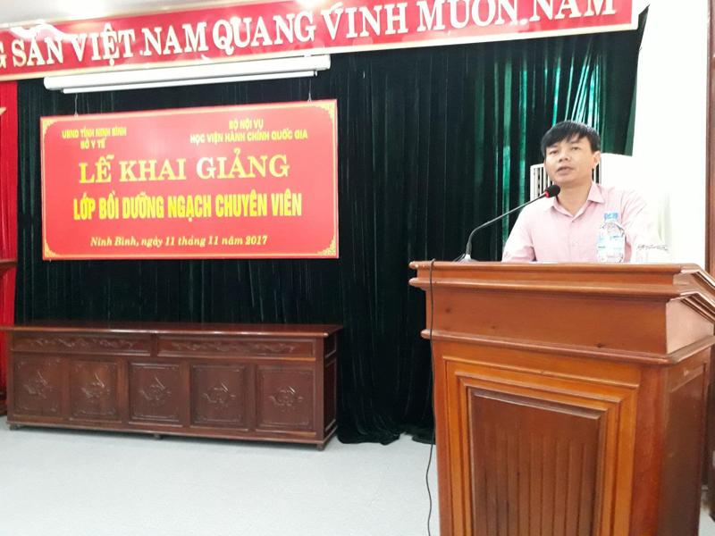 ThS. Ngô Ngọc Quang - Phó Giám đốc Sở Y tế Ninh Bình phát biểu tại Lễ khai giảng
