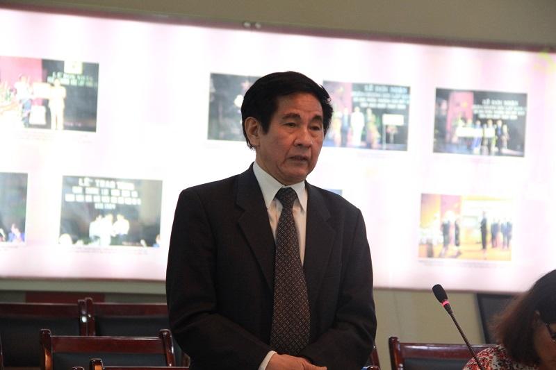 PGS.TS. Văn Tất Thu – nguyên Thứ trưởng Bộ Nội vụ trao đổi tại Tọa đàm