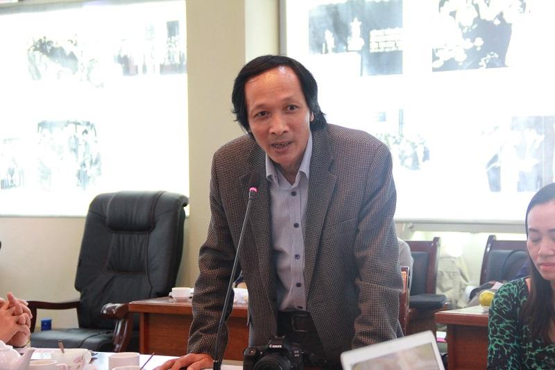 ThS. Hoàng Xuân Tuyền – Giảng viên Khoa Văn bản và Công nghệ Hành chính trao đổi tại Tọa đàm