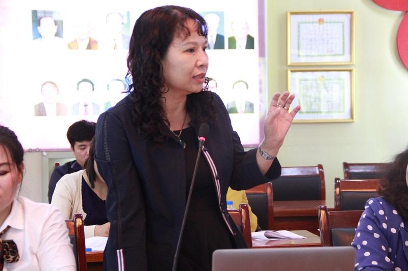 ThS. Nguyễn Thị La – Trưởng Bộ môn Kỹ thuật Hành chính, Khoa Văn bản và Công nghệ Hành chính trao đổi tại Tọa đàm