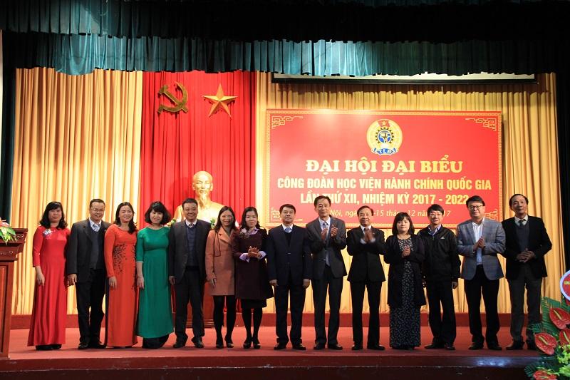 Ban Chấp hành Công đoàn Học viện khóa XII, nhiệm kỳ 2017 – 2022 ra mắt Đại hội