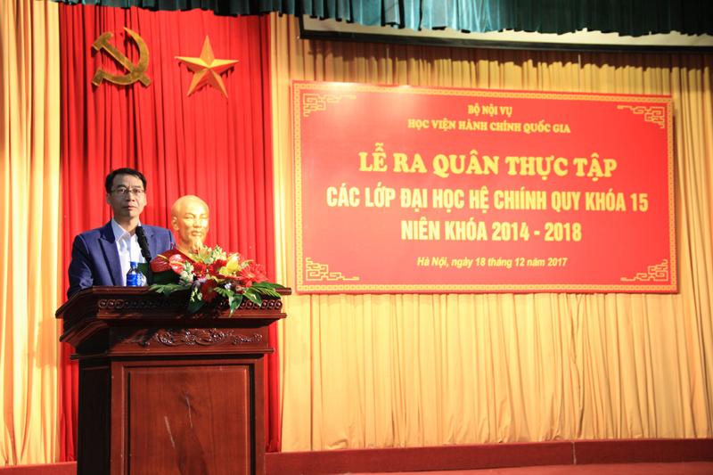PGS.TS. Lương Thanh Cường phát biểu chỉ đạo tại buổi Lễ ra quân thực tập của sinh viên KH15