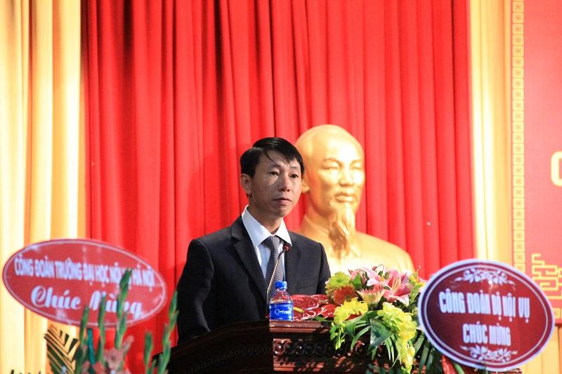 Đại diện Công đoàn cơ sở Học viện tại Phân viện Khu vực Tây Nguyên tham luận tại Đại hội