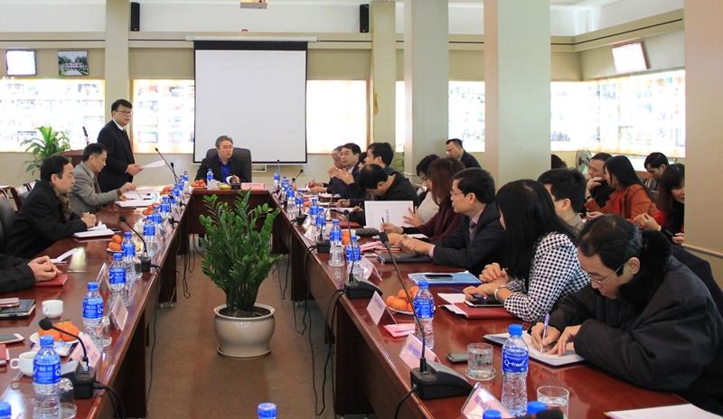 ThS. Bùi Huy Tùng – Chánh Văn phòng Học viện trình bày dự thảo báo cáo kết quả công tác tháng 01 và các nhiệm vụ trọng tâm trong tháng 02 năm 2018