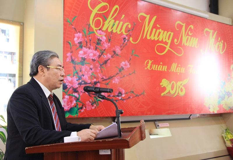 TS. Đặng Xuân Hoan – Bí thư Đảng ủy, Giám đốc Học viện phát biểu tại buổi gặp mặt