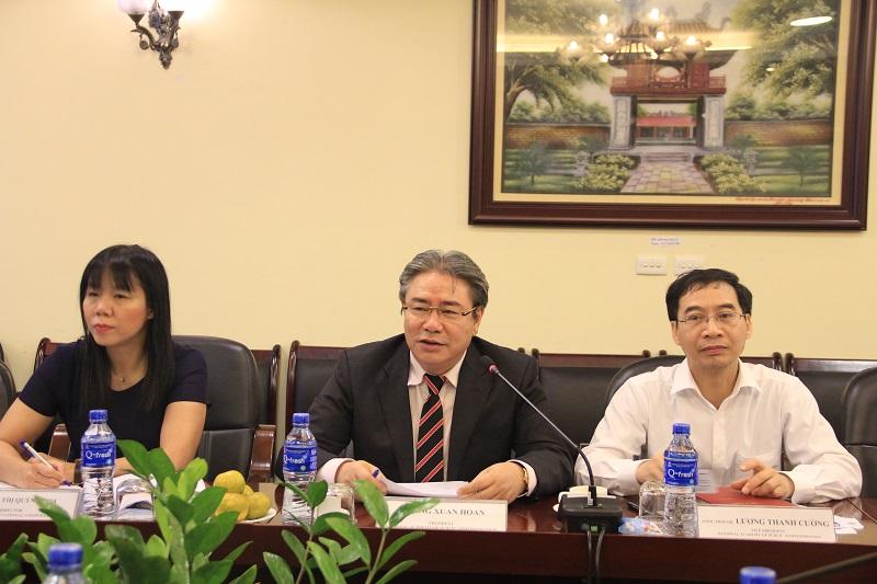 TS. Đặng Xuân Hoan - Giám đốc Học viện Hành chính Quốc gia phát biểu tại buổi làm việc