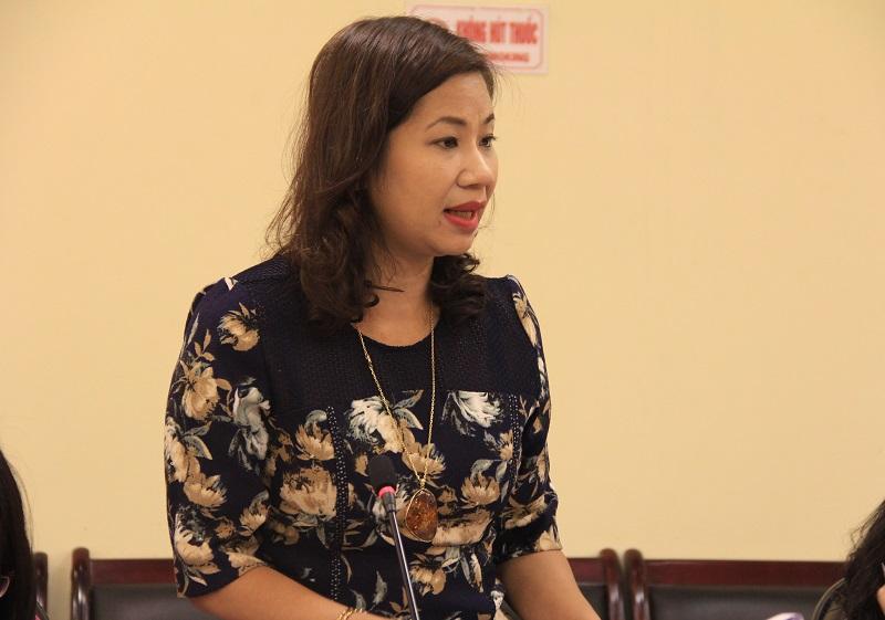 PGS.TS. Nguyễn Thị Thu Vân – Trưởng Khoa Văn bản và Công nghệ Hành chính phát biểu tại Hội nghị