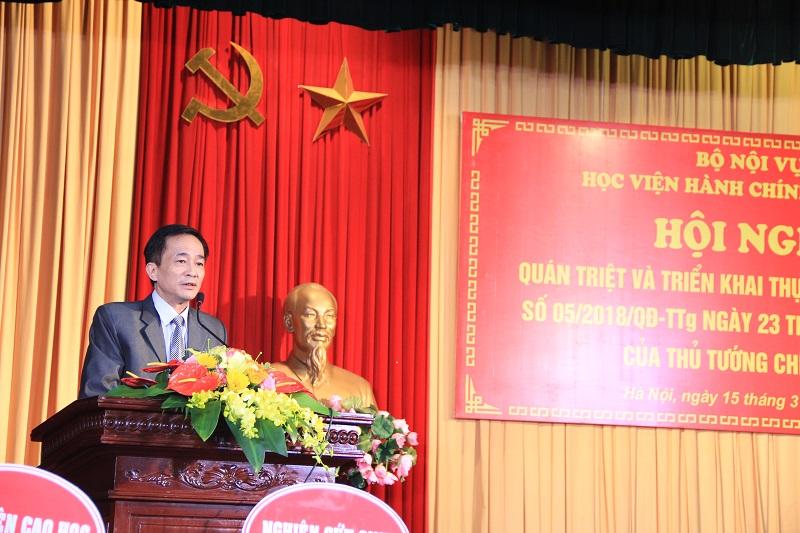 TS. Chu Xuân Khánh – Chủ tịch Công đoàn Học viện phát biểu tại Hội nghị