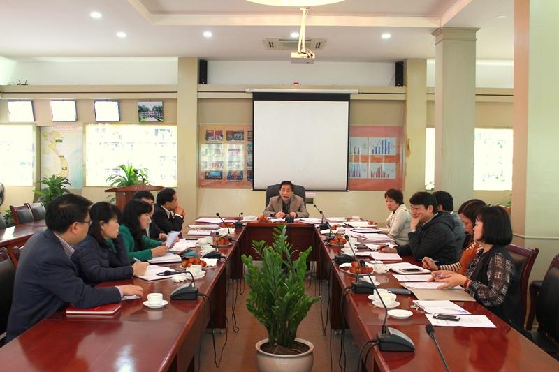 Các đại biểu tham dự cuộc họp Ban Chấp hành Công đoàn Học viện