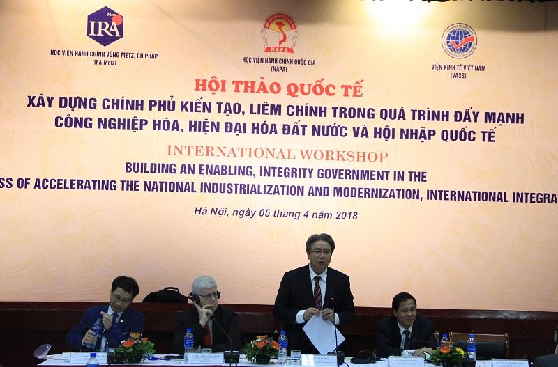 TS. Đặng Xuân Hoan phát biểu kết luận Hội thảo