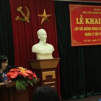 ThS. Lê Thị Thanh Hồng công bố các quyết định của khóa học