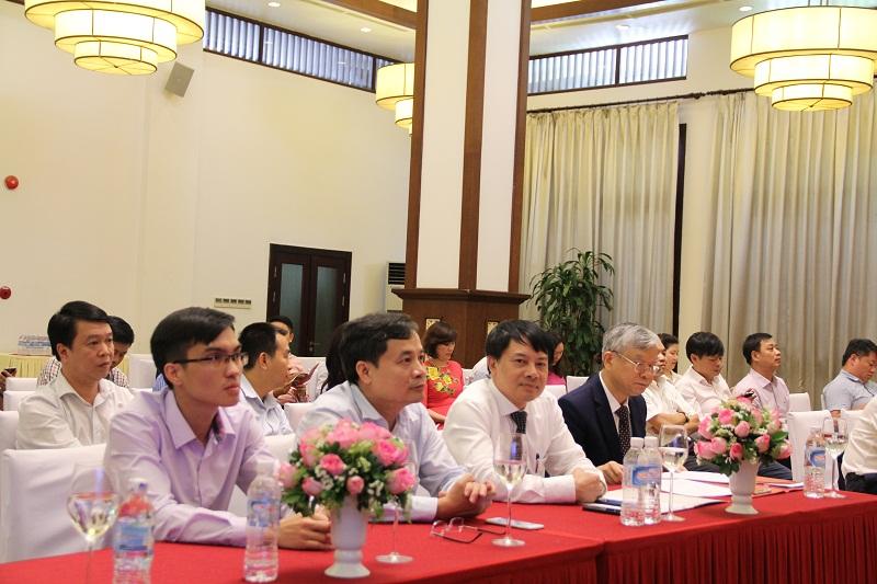 Các đại biểu và học viên tham dự Lễ bế giảng