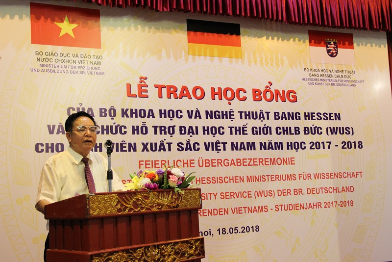 TS. Bùi Công Thọ - Trưởng đại diện Văn phòng Hessen tại Việt Nam phát biểu tại buổi Lễ