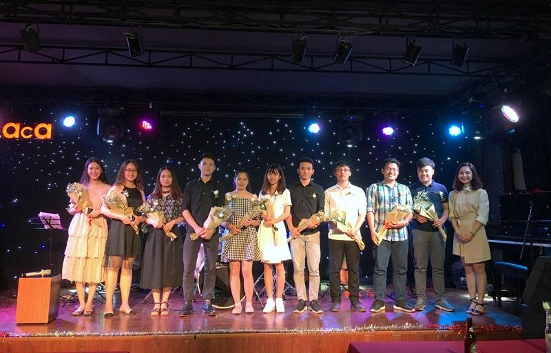 Ban Chủ nhiệm CLB Guitar Học viện tri ân các anh chị K15