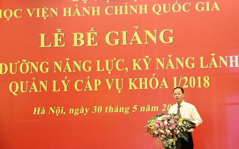 Học viên Trần Hồng Thái – Phó Tổng cục trưởng phụ trách Tổng cục Khí tượng Thủy văn đại diện cho các học viên phát biểu tri ân lãnh đạo và các giảng viên Học viện