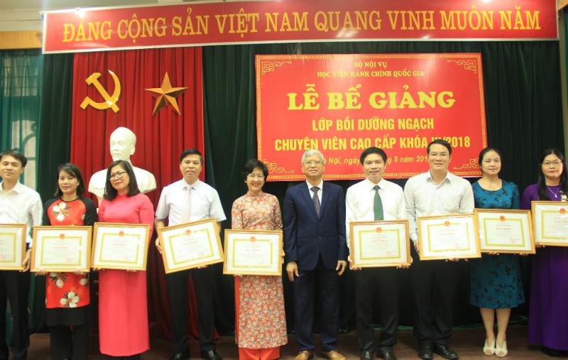 Các học viên đạt thành tích cao trong khóa học