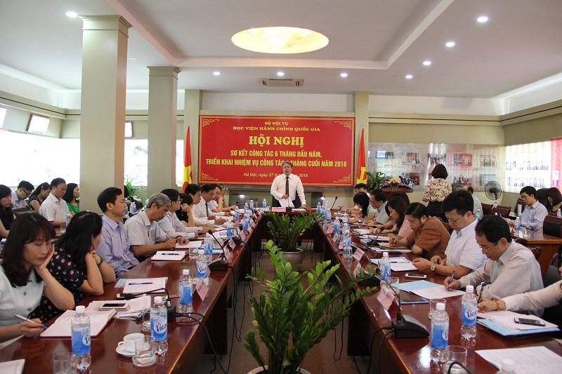 TS. Đặng Xuân Hoan - Giám đốc Học viện phát biểu tại Hội nghị
