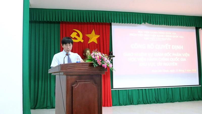 ThS. Phan Xuân Quý công bố Quyết định