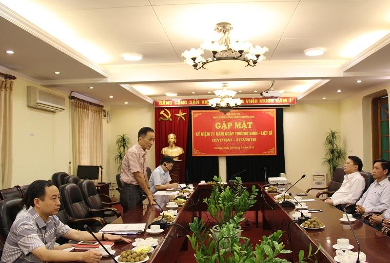 Đồng chí Chu Xuân Khánh phát biểu tại buổi gặp mặt