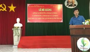 TS. Đặng Thành Lê, Viện trưởng  Viện Nghiên cứu Khoa học hành chính phát biểu bế giảng
