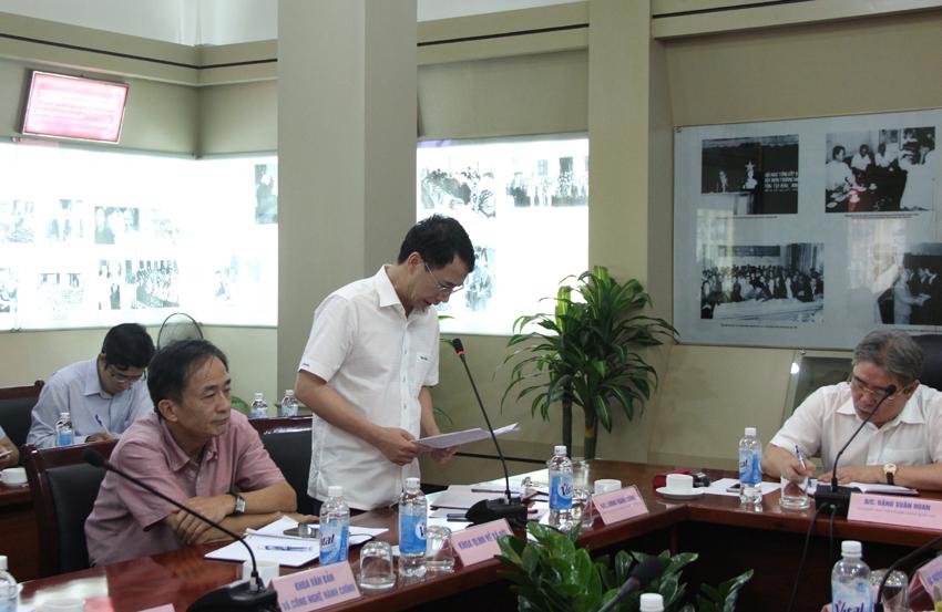 Phó Giám đốc Lương Thanh Cường phát biểu ý kiến tại buổi giao ban