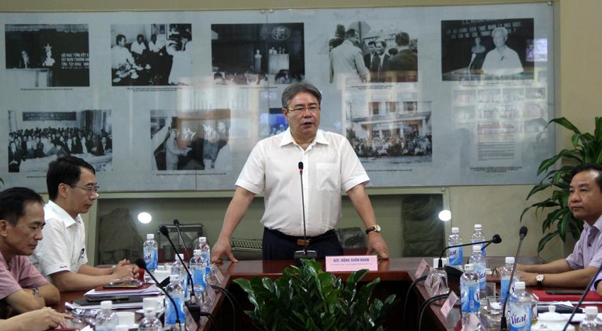 TS. Đặng Xuân Hoan – Bí thư Đảng ủy, Giám đốc Học viện phát biểu chúc mừng tại buổi công bố