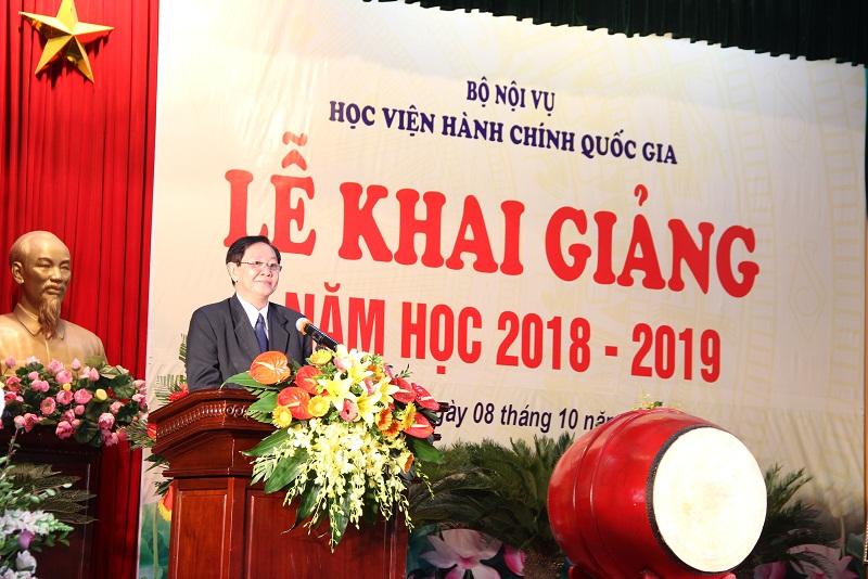 Bộ trưởng Bộ Nội vụ Lê Vĩnh Tân phát biểu tại Lễ khai giảng.