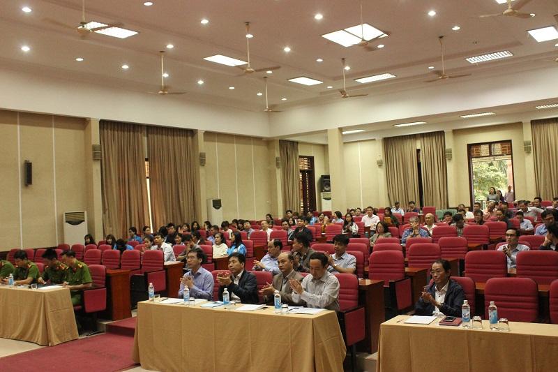Các đại biểu tham dự khai mạc Lớp tập huấn