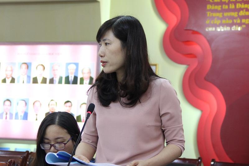 ThS. Vũ Minh Huệ - Phó Trưởng ban phụ trách Ban Biên tập Tạp chí QLNN chia sẻ kỹ năng đọc hiệu quả trong quá trình phản biện bài báo khoa học