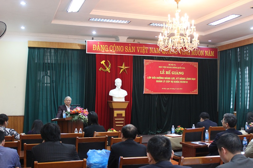 NGƯT.TS. Vũ Thanh Xuân - Phó Giám đốc Học viện phát biểu chúc mừng