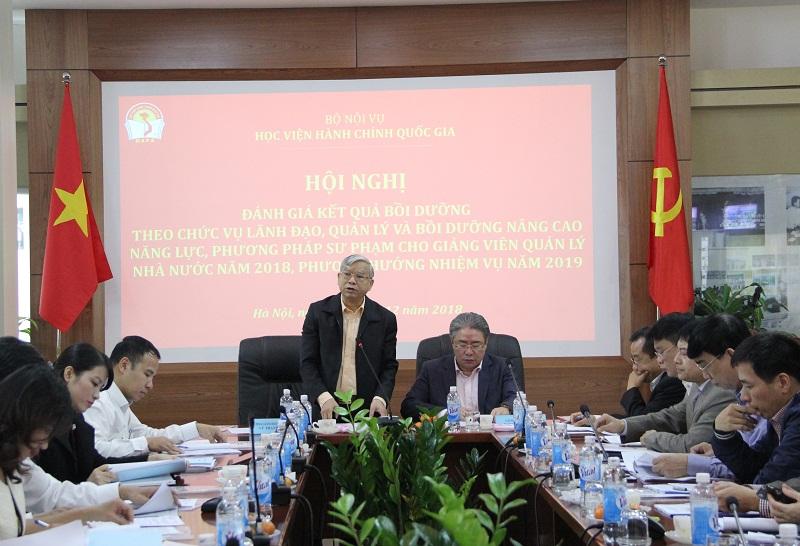 TS. Vũ Thanh Xuân – Phó Giám đốc Học viện phát biểu kết thúc Hội nghị.