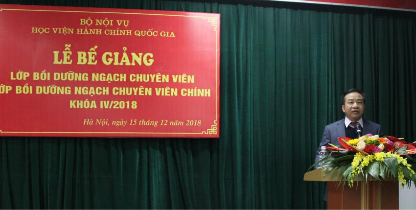 TS. Nguyễn Đăng Quế - Phó Giám đốc Học viện phát biểu tại buổi lễ