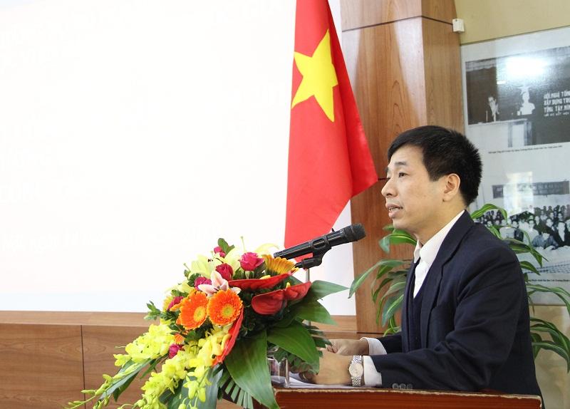 Đồng chí Nguyễn Tiến Hiệp thay mặt Ban Chấp hành Đảng bộ Học viện trình bày Báo cáo kiểm điểm, đánh giá, xếp loại chất lượng năm 2018 đối với tổ chức đảng, đảng viên và tập thể, cá nhân cán bộ lãnh đạo, quản lý