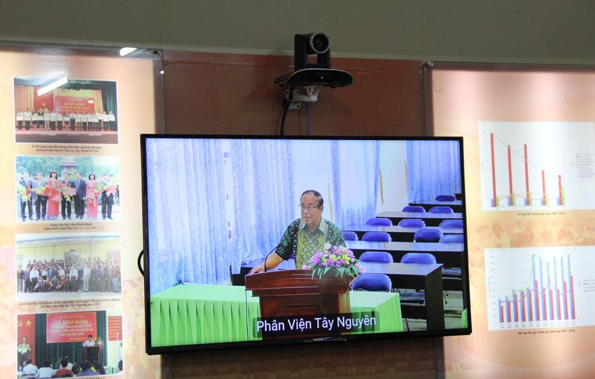 Đại diện các phân viên đóng góp ý kiến tại Hội nghị