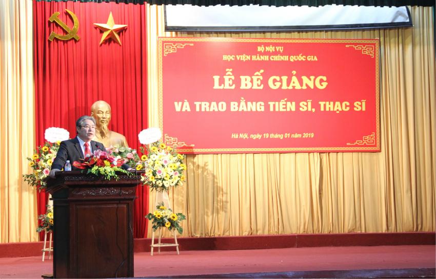 TS. Đặng Xuân Hoan – Bí thư Đảng ủy, Giám đốc Học viện Hành chính Quốc gia phát biểu tại buổi Lễ