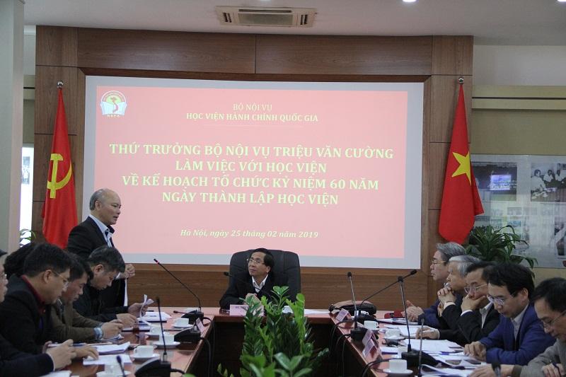 Đồng chí Vũ Đăng Minh – Chánh Văn phòng Bộ Nội vụ góp ý về kế hoạch tổ chức Lễ Kỷ niệm