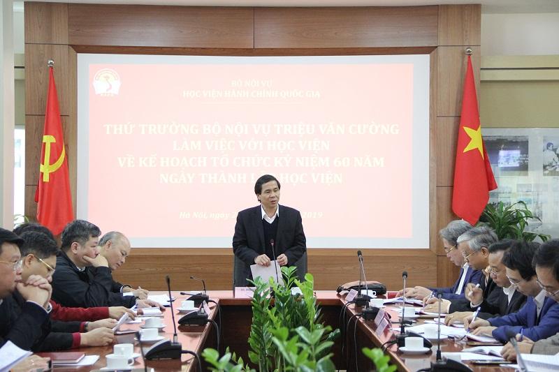 Thứ trưởng Bộ Nội vụ Triệu Văn Cường phát biểu chỉ đạo buổi làm việc
