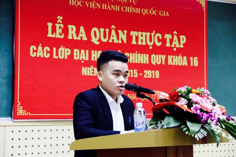 Sinh viên Trần Tất Dương (Lớp KH16NS1) đại diện cho các sinh viên KH16 phát biểu tri ân các thầy, cô giáo và cam kết thực hiện tốt quy chế và các nhiệm vụ được phân công để có kết quả thực tập tốt nhất