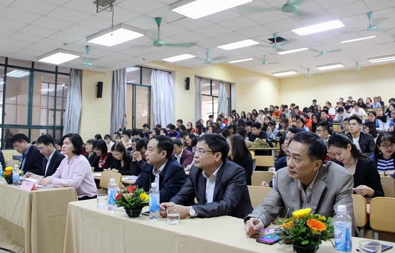 Toàn cảnh Lễ ra quân thực tập đối với sinh viên đại học hành chính KH16 tại Hà Nội
